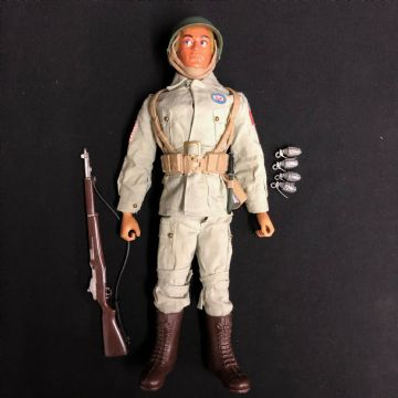 ACTION MAN - US PARATROOPER 82nd AIRBORNE - BROWN EAGLE EYE FIGURE (ref4) (1)